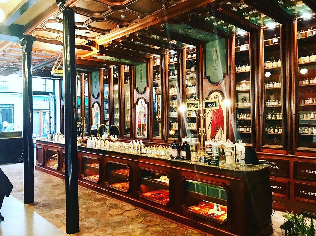 Grand Café Tortoni Perfumery