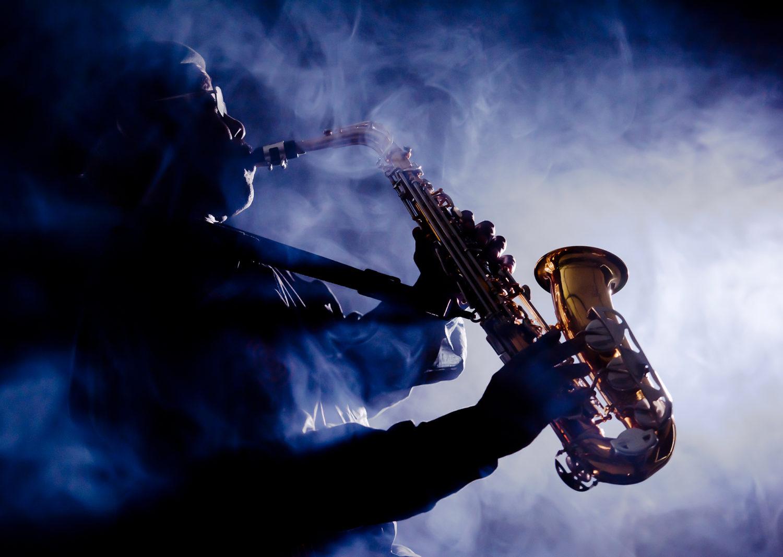 Man playing jazz saxaphone