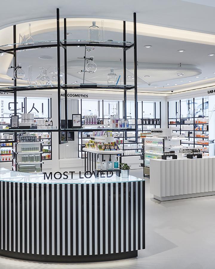 department store design beauty brands